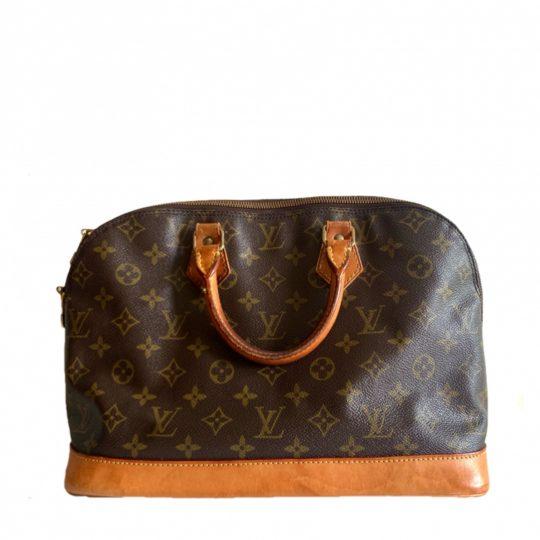 【ルイ・ヴィトン】見た目以上の大容量! 夏の持ち物が全部入るバッグはコレ